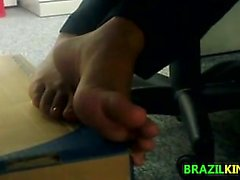 Brazilian Girls Feet And Soles Close Up