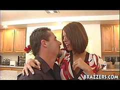 Immobilier Wives Shy Love & Shyla Stylez histoire