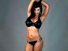 Denise Milani au de latex Bikini - de non nudité