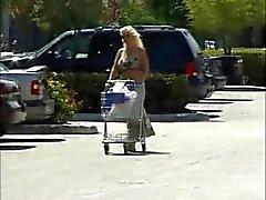 Slampa Mamma Shopping och körd för pengarna 4
