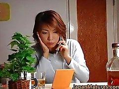 Kåta japanska mogna babes sugande