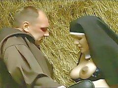 Der Alte Kardinal ( preggo inuti)