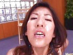 Japon Bukkake Ejaculation Éjaculation faciale Recueil