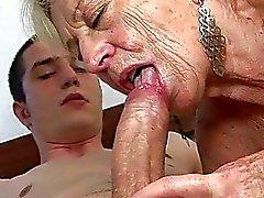 Granny Sex Derleme