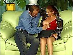 Big Tit бабушки Матильдой Получает мешке При вискеров