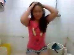 De Nezha Arendo philippine la fille baise hard dans salle