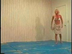 Jill vs Nicole - Female wrestling