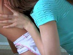 Malena Morgan et Eva Lovia sont Pussy Licking Scoundrals