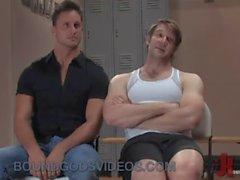 Two kas eşcinseller spor salonunda halt Kölelik