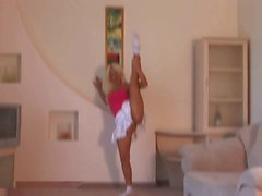 Flexible Blonde
