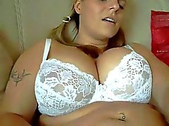 Horny Fat Chubby Teen Pumping her Swollen pussy lips