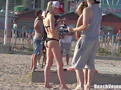 Big Ass Horny Teens Having Fun Beach Voyeur HD Video Spycam