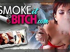 Yüksek topuklu sigara klas milf