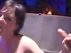 Kinky babe gets her asshole plugged