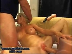 Gorgeous mature with anal plug blowjobs and uses sex toys on webcam