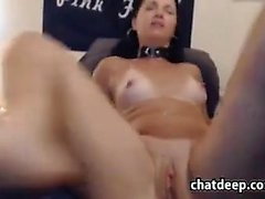 Webcam Slut Loves Thick Toys
