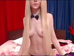 Blonde Webcam Girl