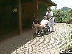 Verrückte alte Brasilianer Oma Schlampe!