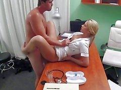 FakeHospital Hemşiresi bijon ereksiyon yararlanmanıza yardımcı olur