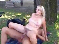 Blonde mom Fuck and facial in the garden