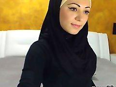 Wunderschöne Araber Mädchen Leisten und masturbiert