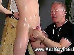 Homosexual XXX sin experiencia muchacho consigue la