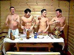 Jungs in der Saunat 2 - Sauna pojille 2
