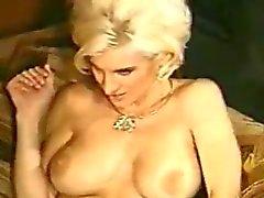 Hot vintage aunt