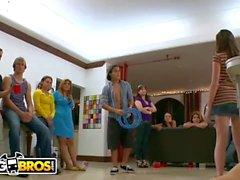 BANGBROS - College Sex Bang Bros Style! Avec Alexis Texas et ses amis!