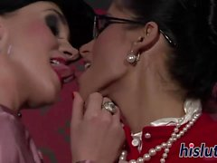 Nessa and Bianca have some lesbian fun