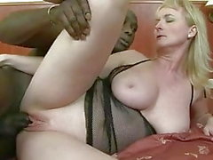 Pretty Milf whith pink skin loves anal sex and black men