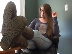Diana - Sexy feet girl