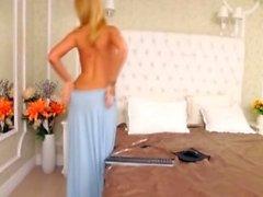 amatör arwyn blinkande bröst på live webbkameran
