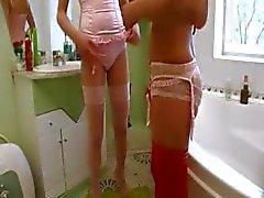 Tuvalette Rus ciddi oyuncak test
