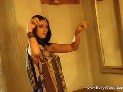 Dance Of The Tawaif