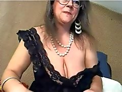 Mature with big clit and big saggy tits - negrofloripa