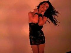 Denise Milani a au de latex Robe - sans nue