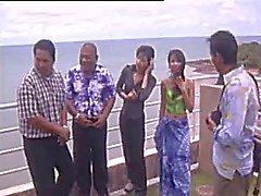 4 тайских девочек , хрустальное сердце четыре