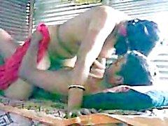 Rajastani Woman takes 3 inch Jaipur Desi Dick in Indian Porno