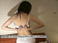 Saori Подозрительный горячие девчонки подросток китайской модели раздвигает ноги показывает киска