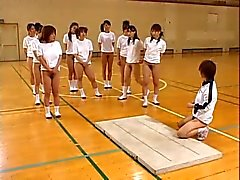 Asiatiska Teens håriga Pussies Hot Asses Stretch Under Gym Class