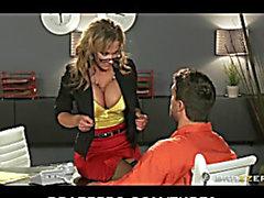 СЕКСУАЛЬНО bigboob брюнетка волосы мать Мне бы хотелось ебать адвокатом Никки Секс Bonks клиент заключенный