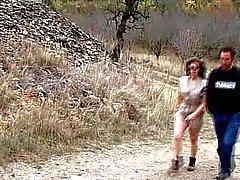 Lydia Saint Martin sodo dans les bois