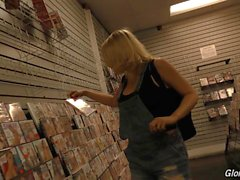 Kagney Linn Karter HD Porn Videos