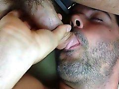 Snygg man militärt blir anal Banged