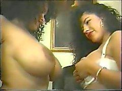 Di Carisma ( nero ) & Alicia Río ( Mexican )