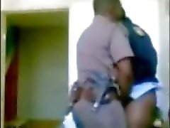 Patron la police femmes bénéficiant officier subalterne cachés came