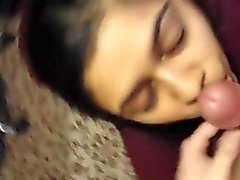 Desi Indian blowjob.  sexxyfreecams. com