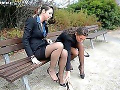 Eski çorap & Garterbelt 2 genç seksi sekreterler