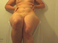 Erotic Oil Striptease